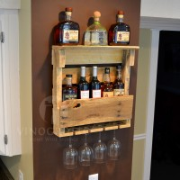 Small Pallet Wine Wall Rack in Natural Pallet Wood Finish